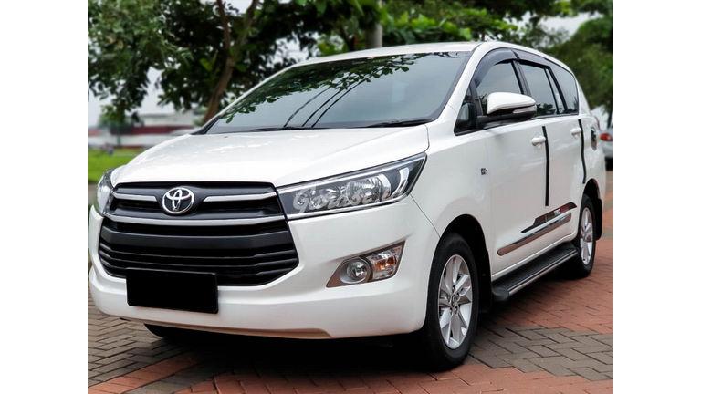 2017 Toyota Kijang Innova Reborn - Mobil Pilihan (preview-0)