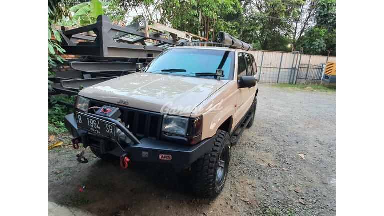 2000 Jeep Cherokee ZJ 4.0 - Mulus Terawat (preview-0)