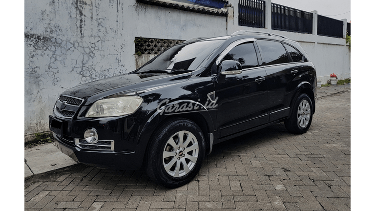 2010 Chevrolet Captiva 2.0 AWD AT - Hitam (preview-0)