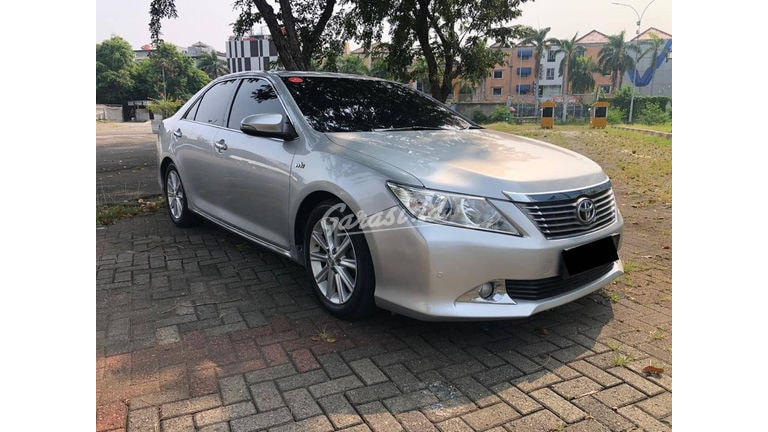 2013 Toyota Camry V - NEW STOCK (preview-0)