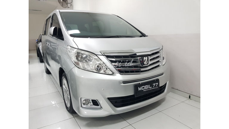 2012 Toyota Alphard X (preview-0)