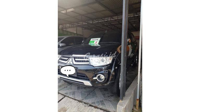 2014 Mitsubishi Pajero Sport dakar - Kondisi Mulus Tinggal Pakai (preview-0)