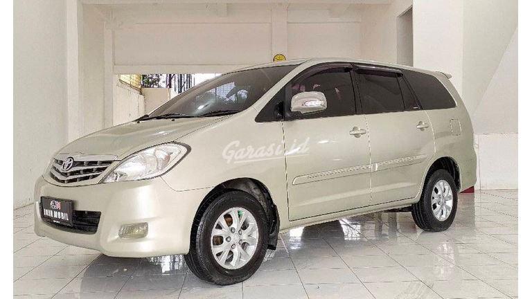 2011 Toyota Kijang Innova G - UNIT TERAWAT BOSQUE !!! (preview-0)