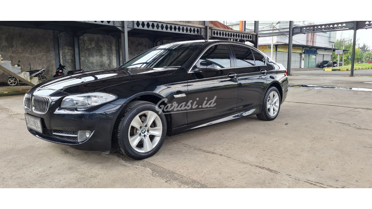 2013 BMW 5 Series 528i (preview-0)