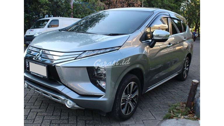 2019 Mitsubishi Xpander Ultimate - Mobil Pilihan (preview-0)