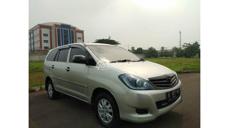2008 Toyota Kijang Innova E - Barang Istimewa (preview-0)