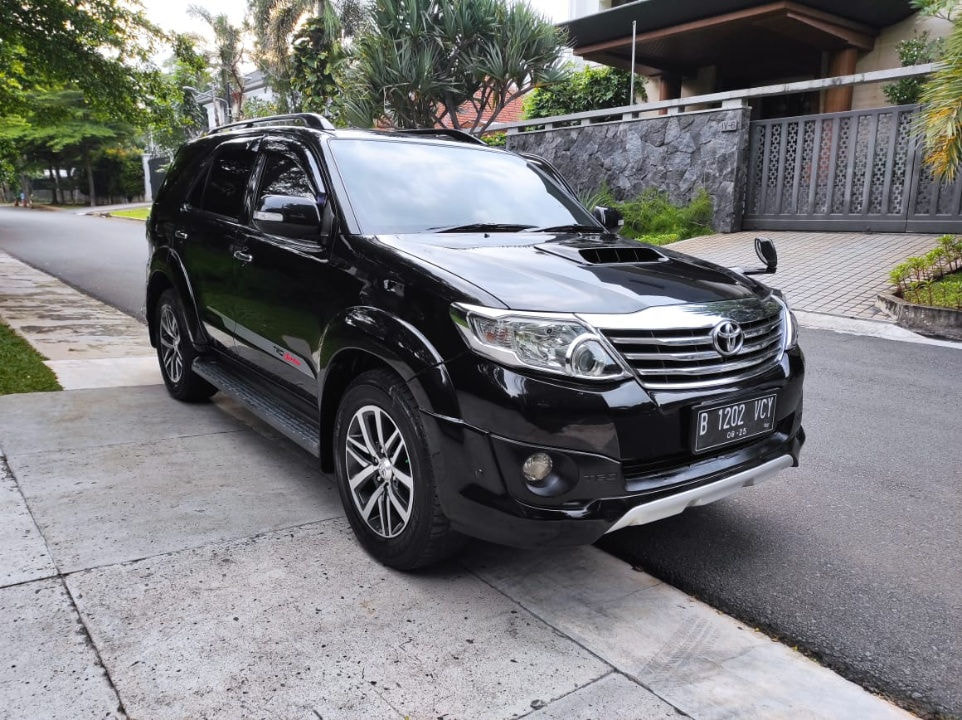 2013 Toyota Fortuner G (preview-0)
