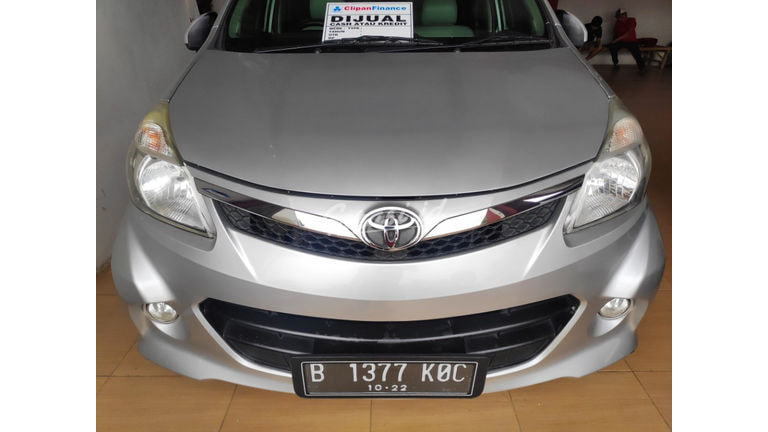 2012 Toyota Avanza VELOZ - Kondisi Ciamik (preview-0)