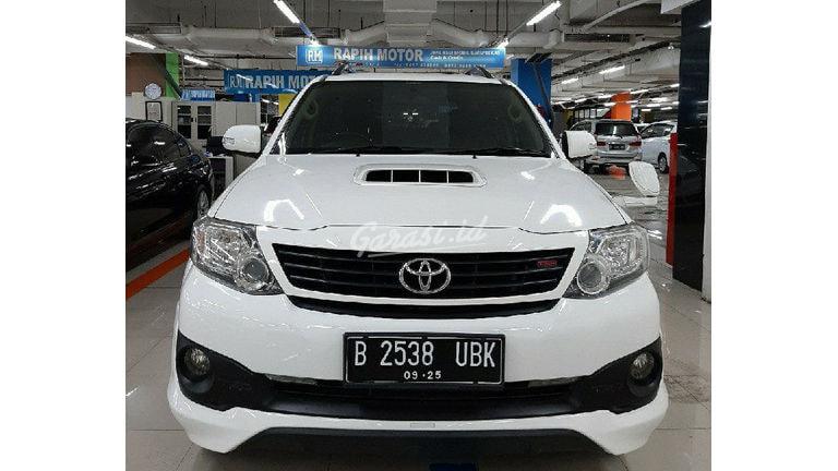2015 Toyota Fortuner G VNT TRD - Mobil Pilihan (preview-0)