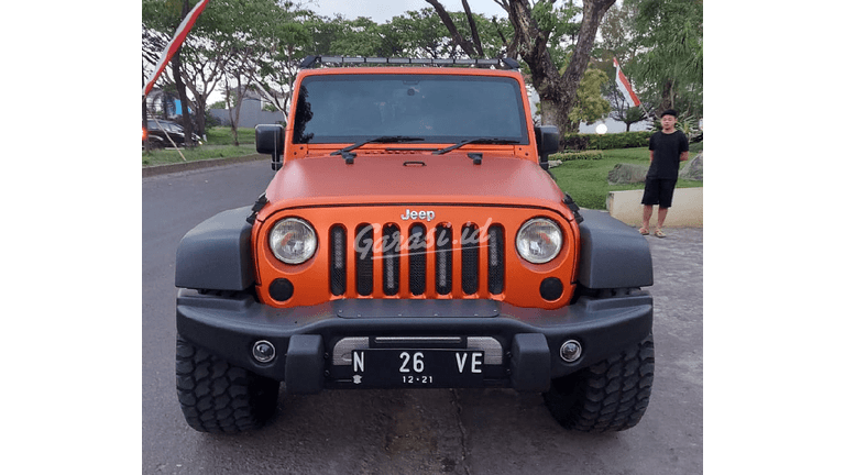 2013 Jeep Wrangler Unlimited Rubicon - Tangguh Super Istimewa (preview-0)