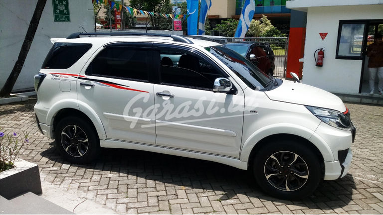 Jual Mobil Bekas 2016 Toyota Rush S Trd Sportivo Ultimo Jakarta