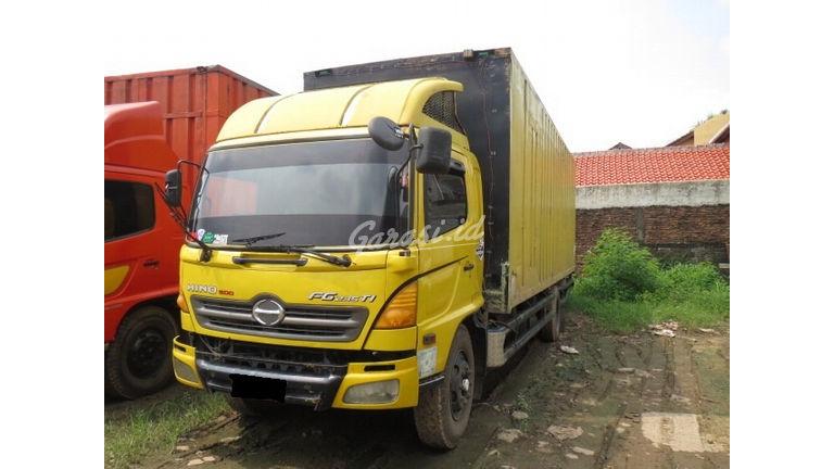 2007 Hino Ranger Truck lohan engkel - Barang Bagus Siap Pakai (preview-0)