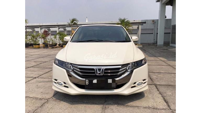 2012 Honda Odyssey Absolute (preview-0)
