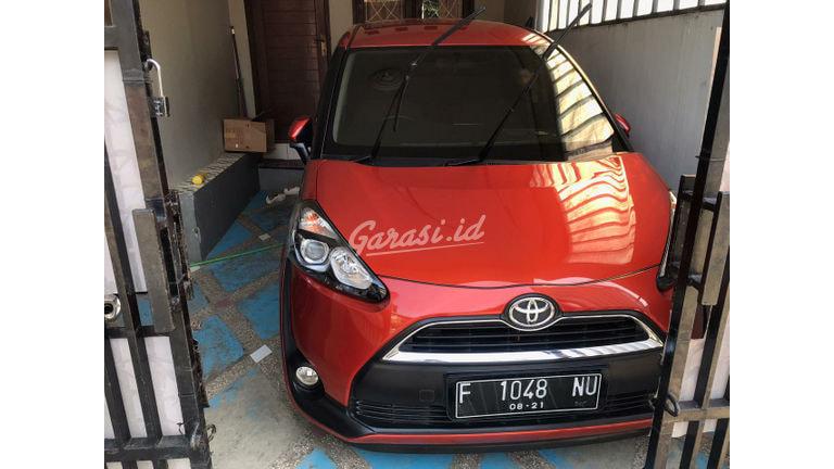 2016 Toyota Sienta V - Jarak Tempuh Rendah (preview-0)