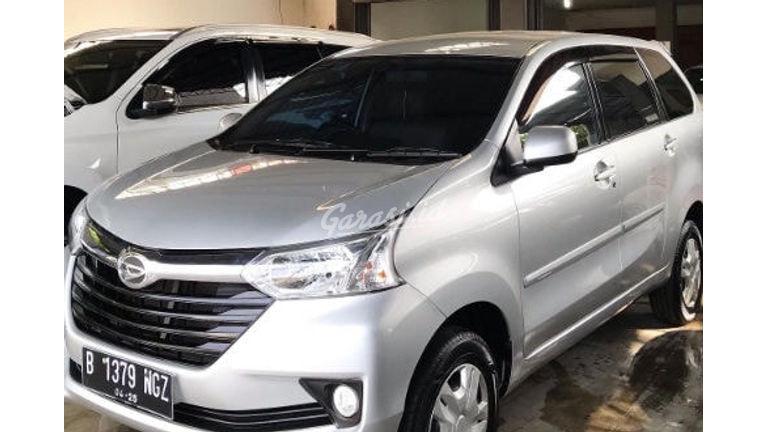 2018 Daihatsu Xenia R Deluxe - Mobil Pilihan (preview-0)