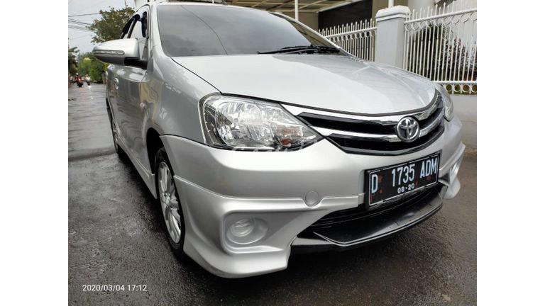 2015 Toyota Etios Valco TOMS - Mobil Pilihan (preview-0)