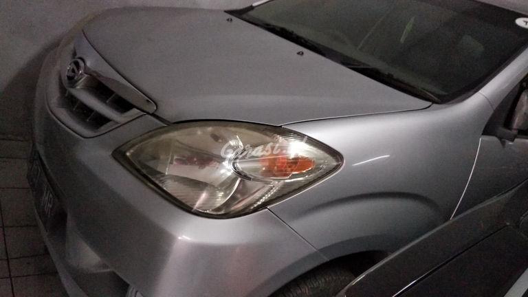 2010 Daihatsu Xenia LI - mulus terawat, kondisi OK (preview-0)