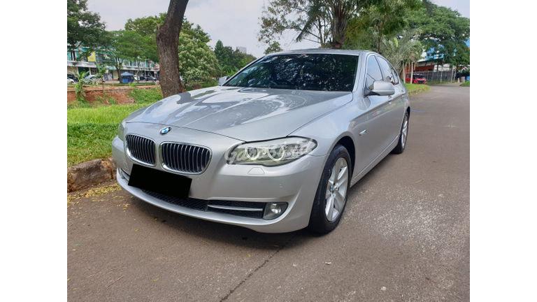 2012 BMW 5 Series 528i - Cash/ Kredit (preview-0)