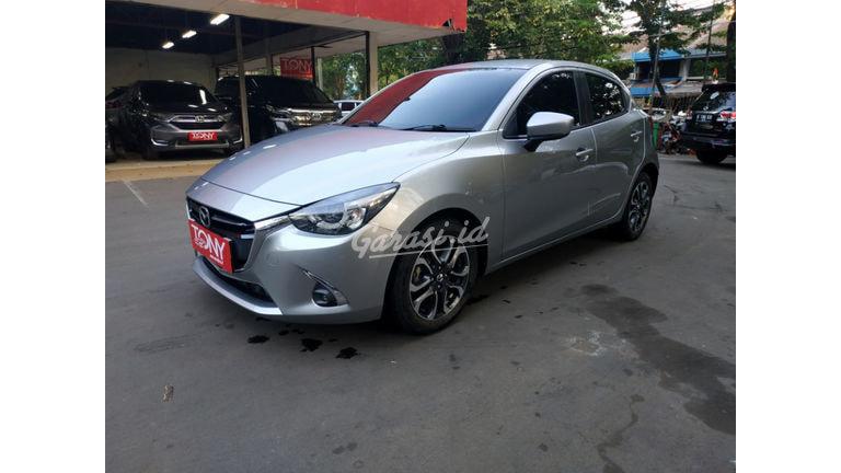 2018 Mazda 2 R - Mobil Pilihan (preview-0)