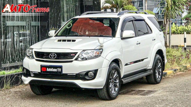 2014 Toyota Fortuner G (preview-0)