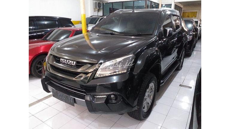 2016 Isuzu MU-X 24 - Mobil Pilihan (preview-0)