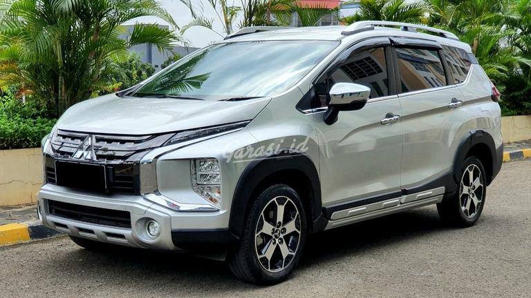 2019 Mitsubishi Xpander Cross - Mobil Pilihan (preview-0)
