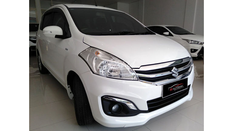 2017 Suzuki Ertiga - Mobil Pilihan (preview-0)
