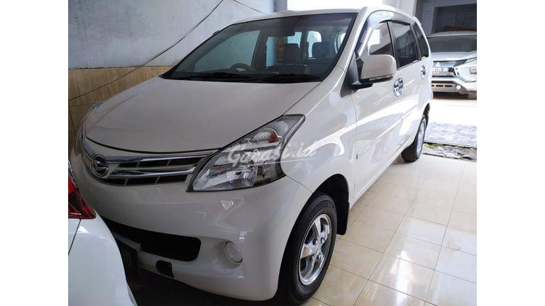 2013 Daihatsu Xenia X (preview-0)