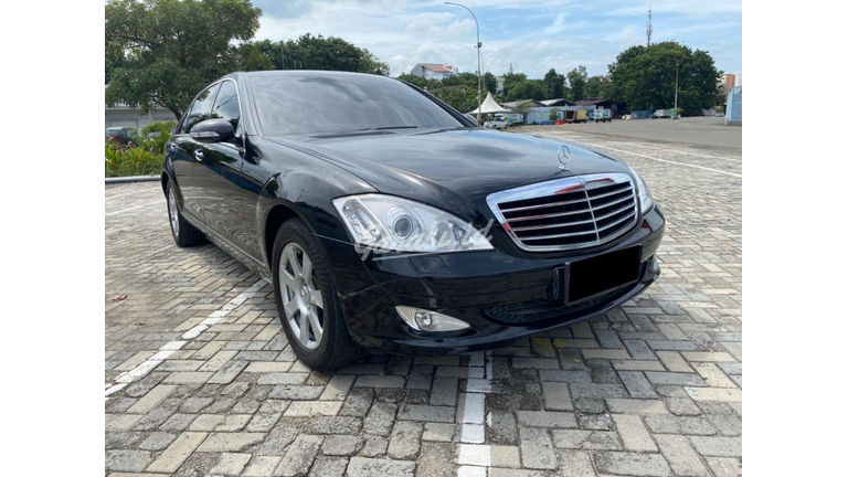 2007 Mercedes Benz S-Class S300 (preview-0)