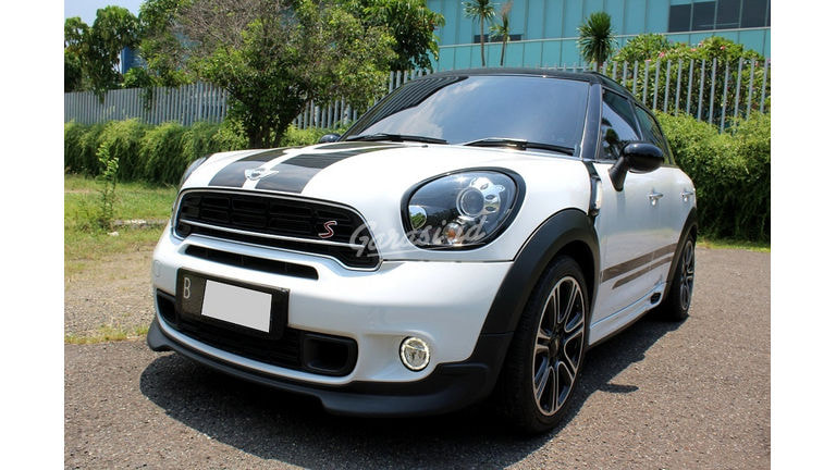 2015 MINI Cooper COUNTRYMAN - Mobil Pilihan (preview-0)
