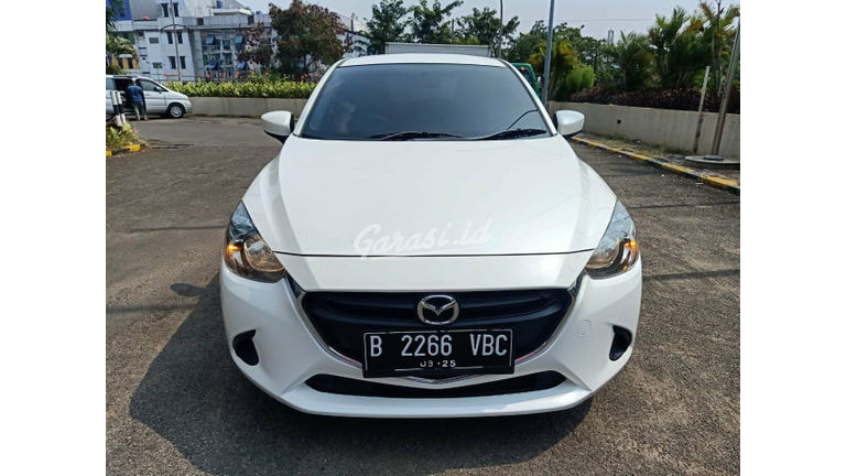 2014 Mazda 2 R skyactiv - Istimewa Siap Pakai, new model, i stop engine (preview-0)