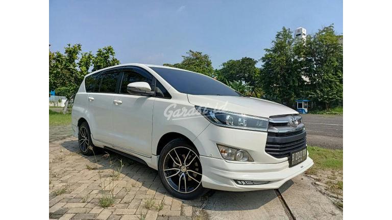 2020 Toyota Kijang Innova V - good condition (preview-0)