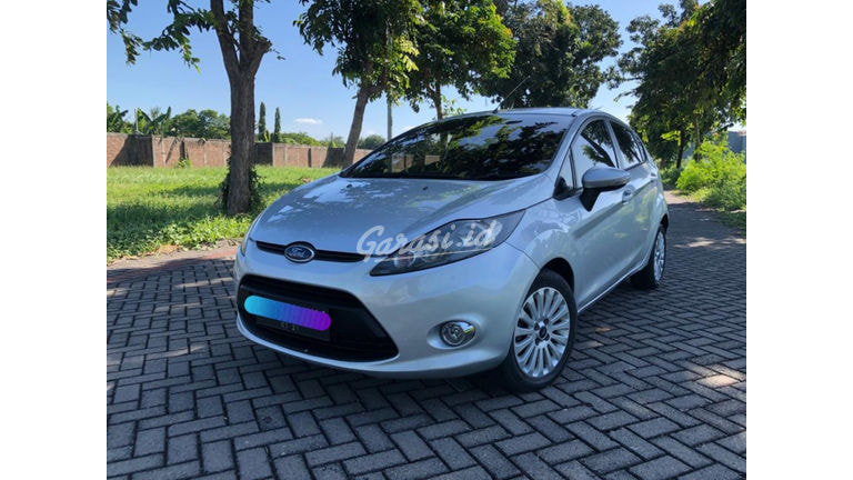 2010 Ford Fiesta Trend - Mulus Banget (preview-0)