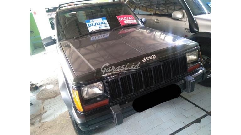 1997 Jeep Cherokee mt - SIAP PAKAI! (preview-0)