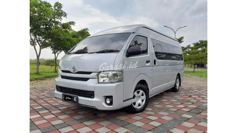 2014 Toyota Hiace Comuter (preview-0)