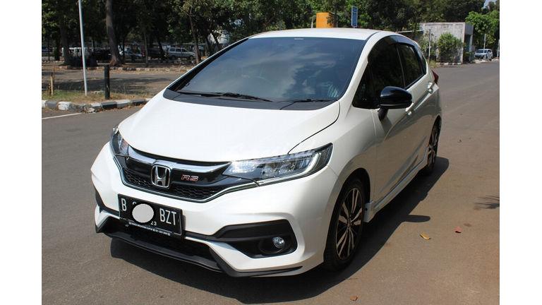 Jual Mobil Bekas 2018 Honda Jazz Rs Matic Jakarta Utara 00gz131 Garasi Id