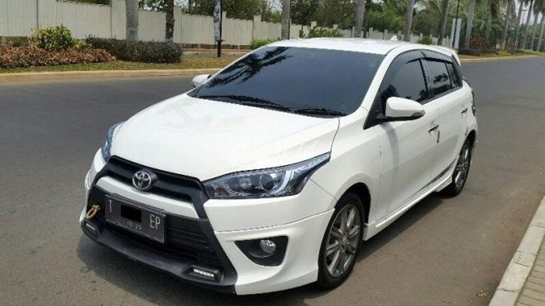 2015 Toyota Yaris S TRD - Siap Pakai Mulus Banget (preview-0)