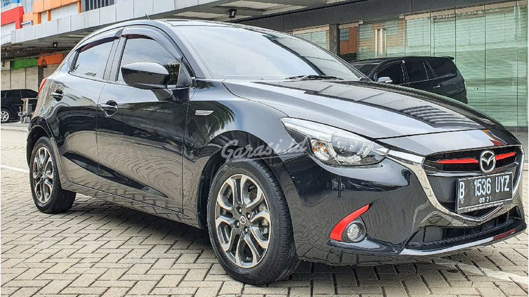 2015 Mazda 2 GT - Mobil Pilihan (preview-0)
