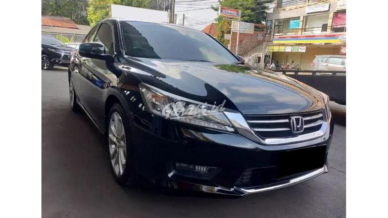 2015 Honda Accord V-TiL - Mobil Pilihan (preview-0)