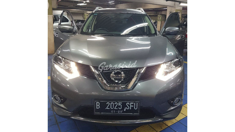 2015 Nissan X-Trail AT - Mobil Pilihan (preview-0)