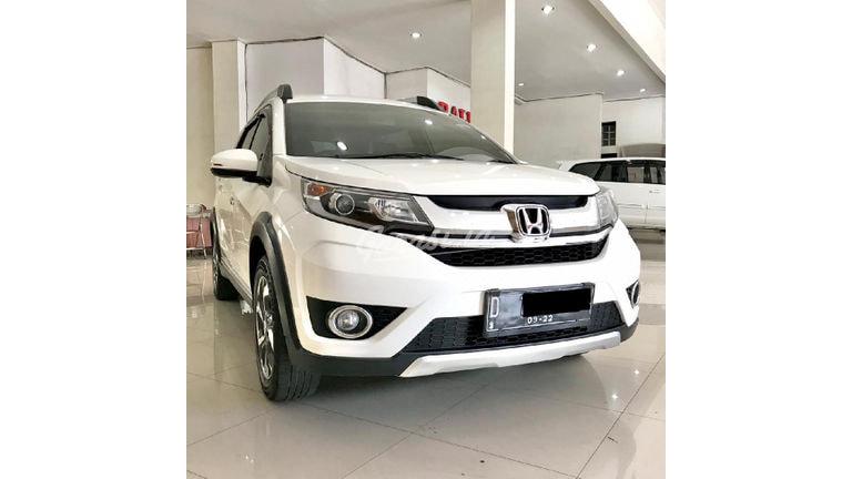 2017 Honda BR-V E CVT - Mobil Pilihan (preview-0)