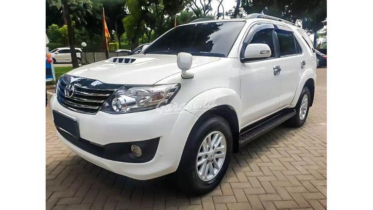 2014 Toyota Fortuner G VNT - Mobil Pilihan (preview-0)