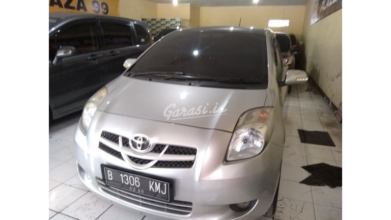 2008 Toyota Yaris 1.5 - Good Condition (preview-0)