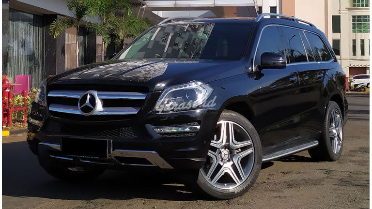 2015 Mercedes Benz GL Exclusive - Mobil Pilihan (preview-0)