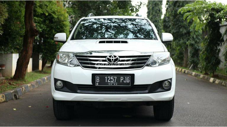 2013 Toyota Fortuner G VNT TURBO - Kondisi Mulus Tinggal Pakai (preview-0)