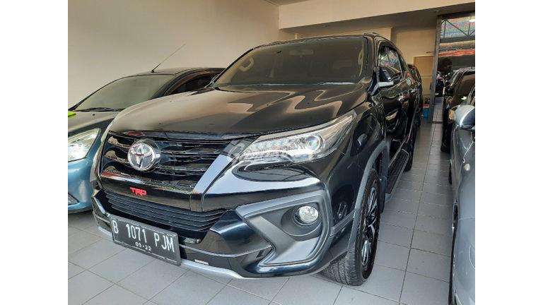2017 Toyota Fortuner VRZ TRD - Bisa Cash Kredit, Nego Sampai Deal (preview-0)