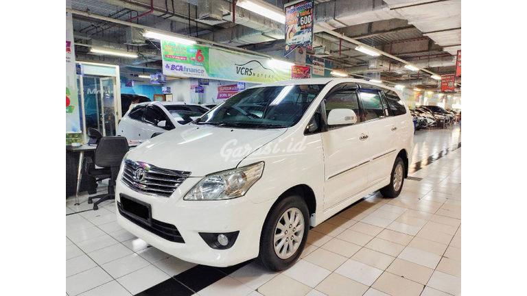 2012 Toyota Kijang Innova V - KHUSUS yang cari kondisi SUPER ISTIMEWA (preview-0)
