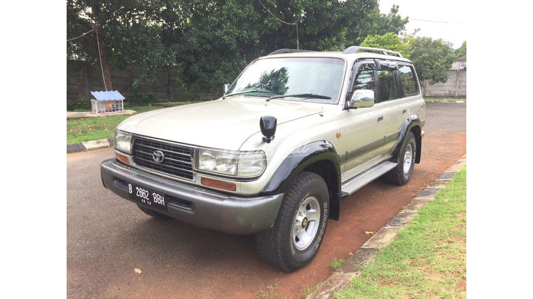 1997 Toyota Land Cruiser VXR 80 (preview-0)