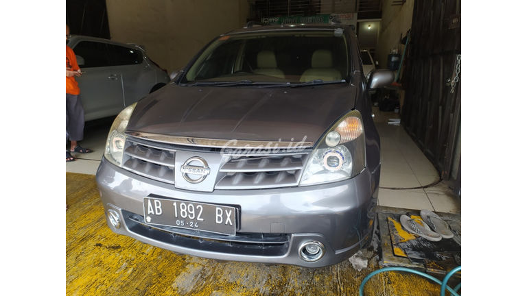 2008 Nissan Livina XR (preview-0)