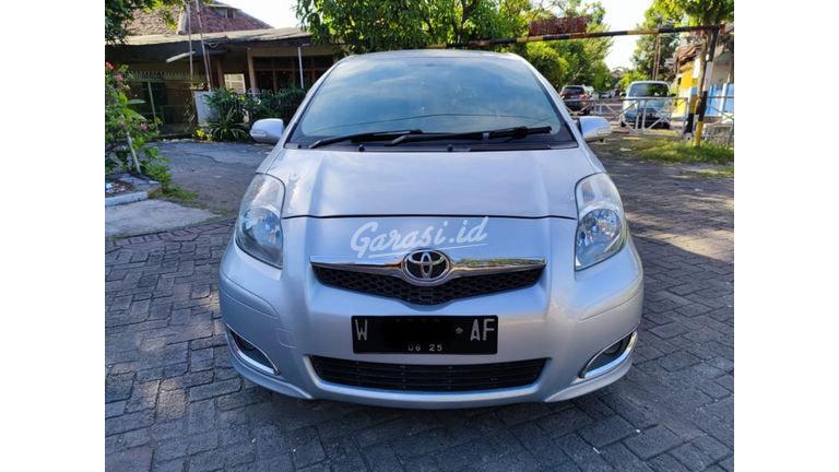 2010 Toyota Yaris E (preview-0)